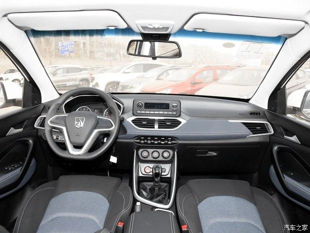 上汽通用五菱 宝骏530 2018款 1.5T 手动舒适型