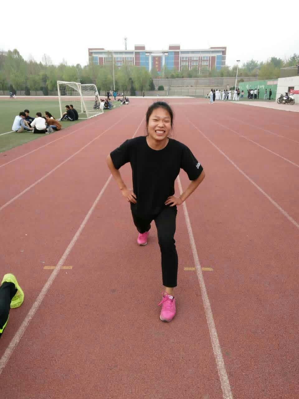 """这个大学女生不简单!郑州科技学院张曼已达""""运动健将""""级水准"""