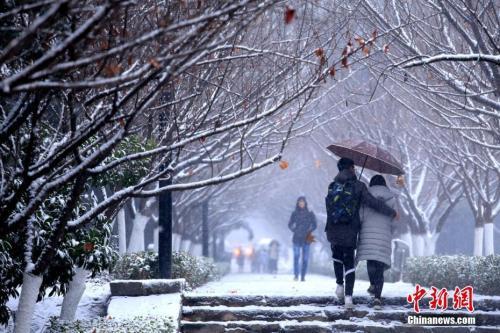 今冬范围最大、强度最强的降雪来了 河南等7省有大到暴