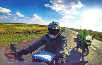 俩郑州小伙儿骑摩托环游欧亚大陆