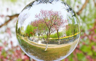 """河南教师耗时三月,把家乡美景""""藏进""""了水晶球!"""
