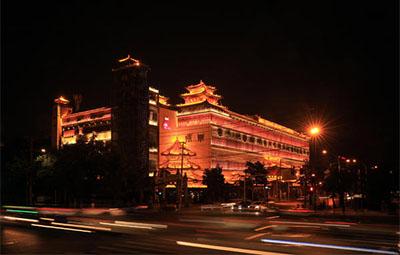 郑州270栋楼体景观照明提升 二七的夜景闪耀郑州