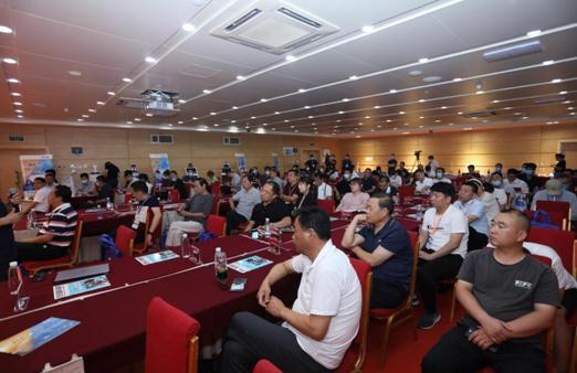 河南省汽车产业融和发展高峰论坛圆满落幕1.jpg