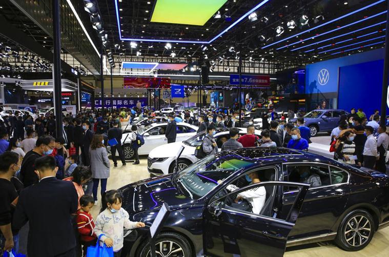 2021第十四届郑州国际车展11月4日盛装启幕3.jpg