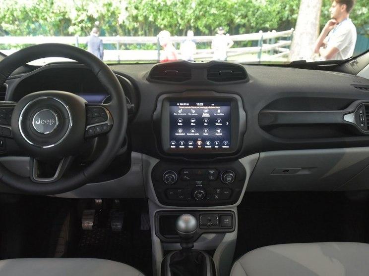 Jeep(进口) 自由侠(海外) 2019款 基本型