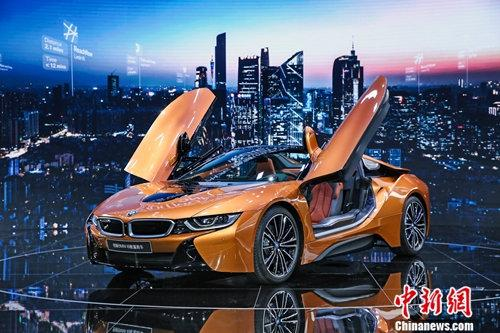 创新BMW i8敞篷跑车即日起开始接受订单,并将于明年正式上市