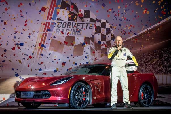 科尔维特传奇车手Johnny分享与雪佛兰品牌的故事.jpg