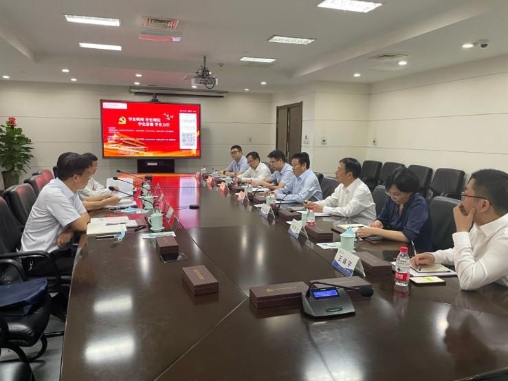 中原银行党委书记徐诺金一行拜访河南投资集团