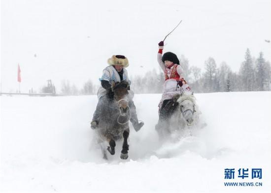 """(社会)(4)新疆旅游""""寒冬不寒 淡季不淡"""""""