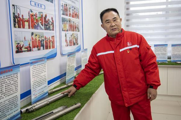 【中国梦•大国工匠篇】朱一斌:38年填补65项国内行业