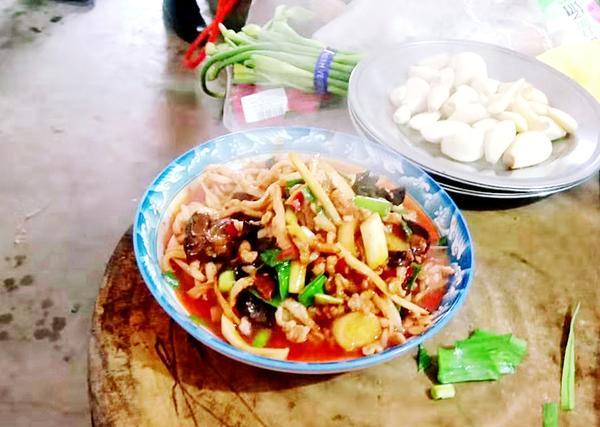 【河南·新春走基层】孟津县白鹤镇:厨艺送到家门口,幸福