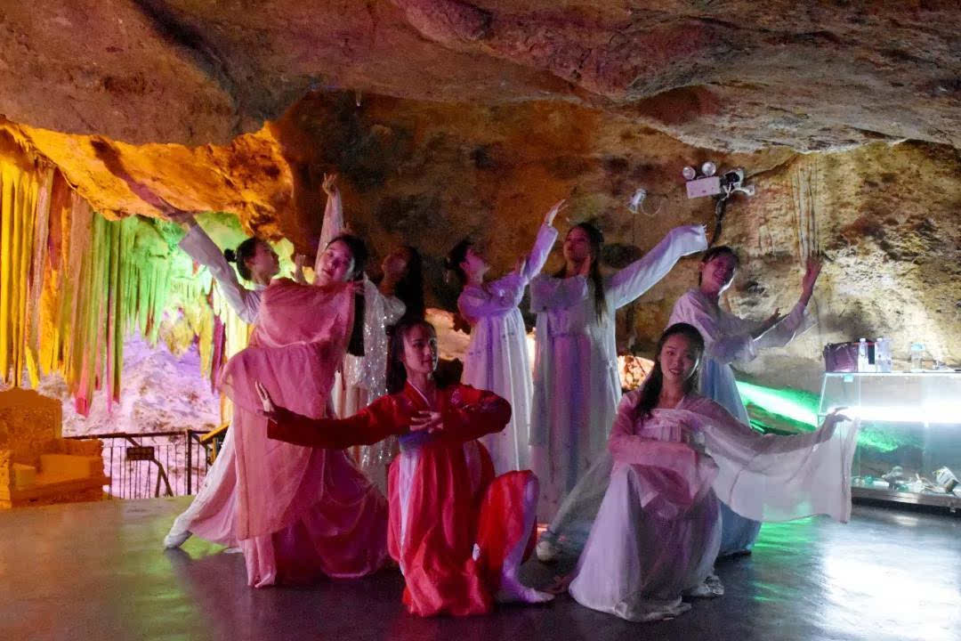 聚亿年仙宫,听天籁之声——鸡冠洞2019夏之声溶洞音乐节完美落幕