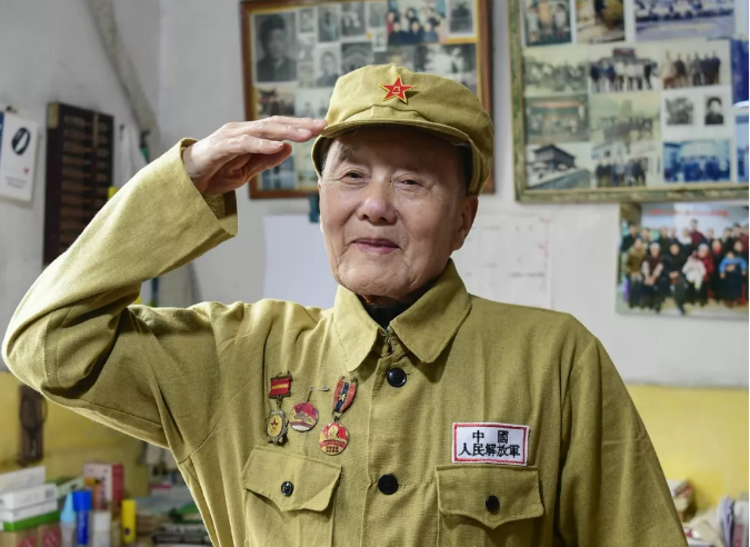张富清,全国优秀共产党员!