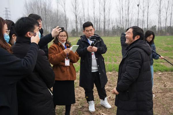 """【中国梦•大国工匠篇】岳长平:""""土专家""""以""""土""""为荣"""