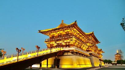 【母亲河畔的中国】将非遗文化融入景区 洛邑古城再现