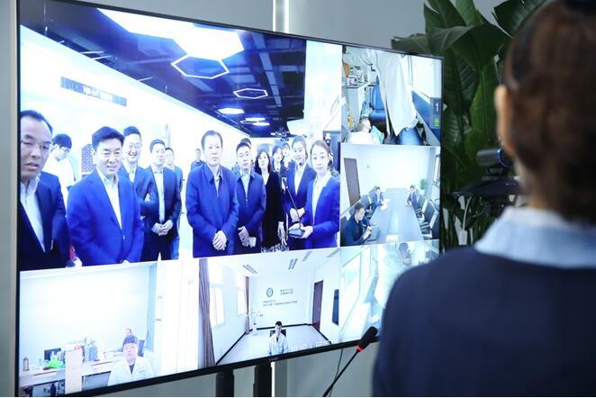 5G救护车亮相郑州智慧岛 全国首次实现移动状态下5G远程会诊