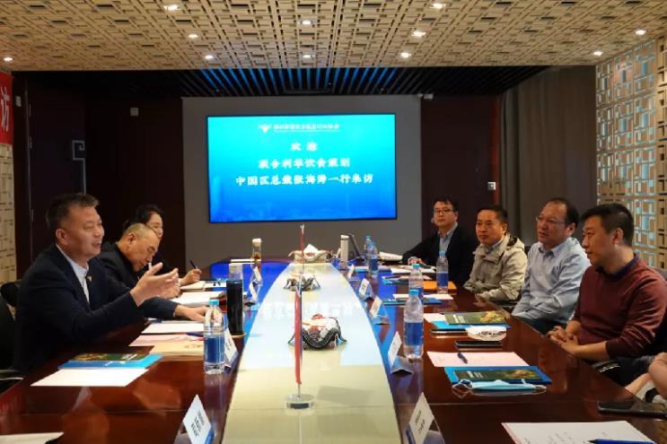 联合利华饮食策划中国区总裁张海涛访问郑州餐协6.jpg