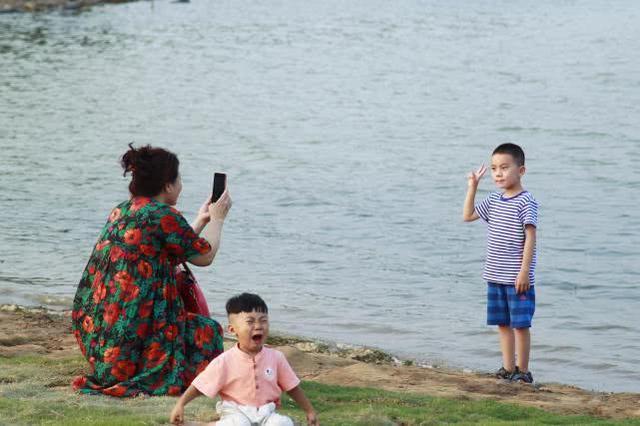 """""""郑州小三亚""""上线:可玩沙可戏水,北龙湖成夏日遛娃""""圣地"""""""