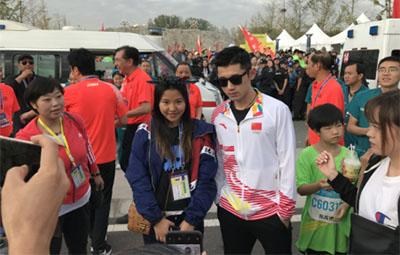 2018郑州龙湖马拉松开跑,孔令辉张继科都来了