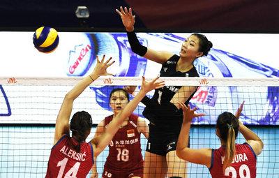 中国女排三战全胜夺得世界女排联赛北仑站冠军